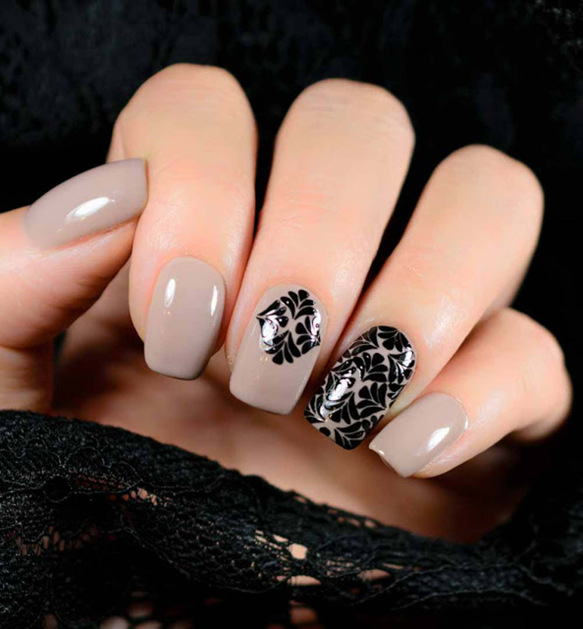 4-nails-unghie-il-ciuffo-fashion-e-beauty-vercelli-blog